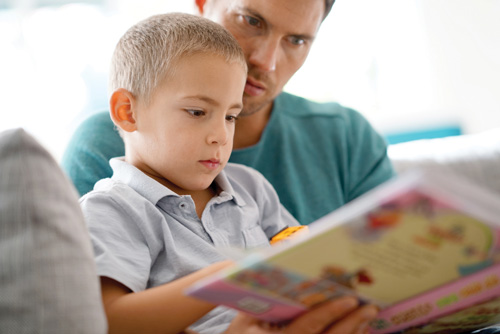 dad-and-son-reading